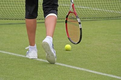 Tennis Walking
